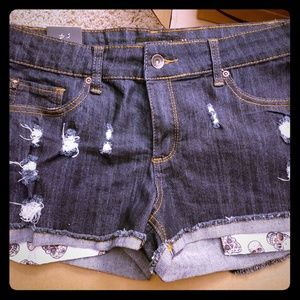 NWT lovesick shorts from Hot topic